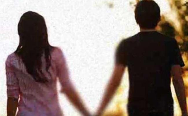 Lovers Suicide Attempt In Warangal - Sakshi