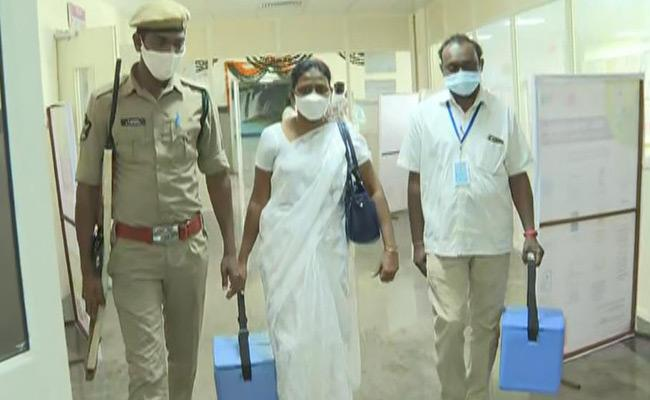 Second Day Vaccination Process In AP - Sakshi