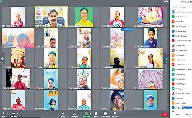 Online Classes In Siddipet Government School Due To Coronavirus - Sakshi