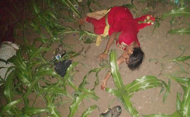 Woman And Man Commits Suicide Over Extra Marital Affair In Guntur - Sakshi