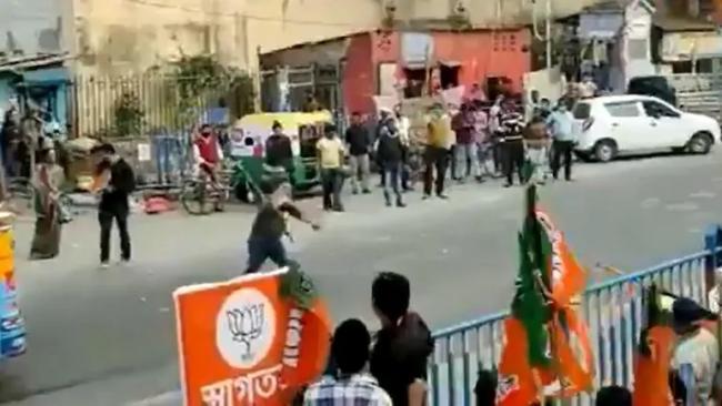 BJP And TMC Fellows Pelt Stones At Suvendu Adhikari Kolkata Rally - Sakshi