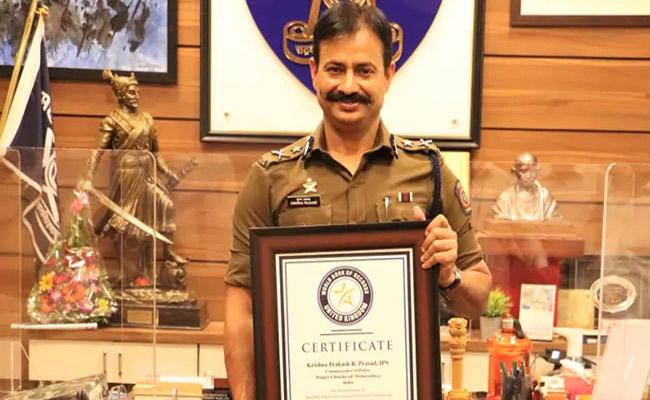 IPS Officer Krishna Prakash Makes It To World Book Of Records For Ironman Triathlon Completion - Sakshi