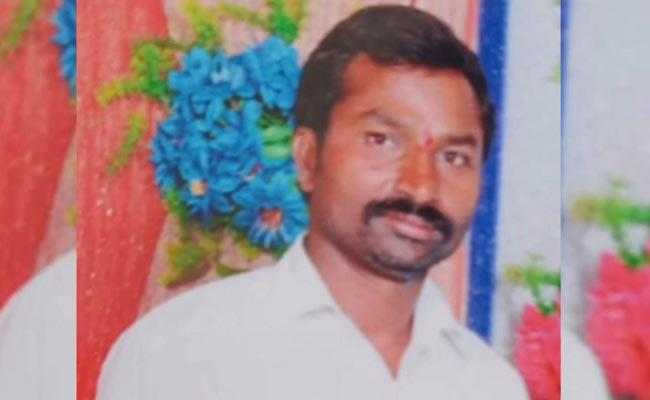 Wife Eliminates His Husband With Help Of Her Father In Jayashankar Bhupalpally - Sakshi