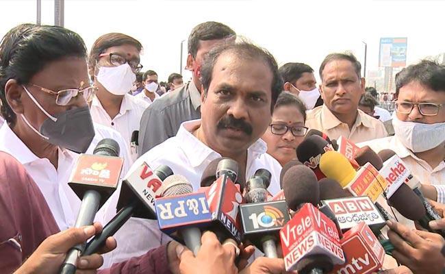 Minister Kurasala Kannababu Comments On Nimmagadda Ramesh - Sakshi