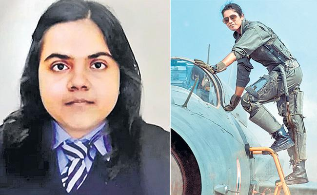 Bhawana Kanth to become 1st woman fighter pilot at Republic Day parade - Sakshi