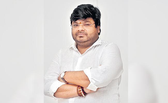 Director Abhishek Responded On Threatening Calls For His New film - Sakshi