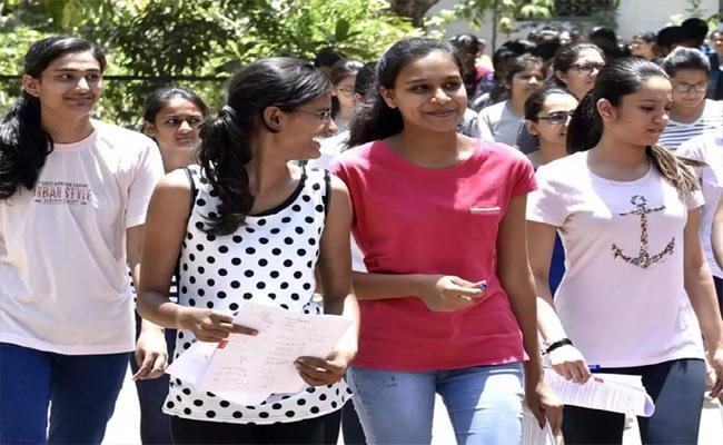 Tenth Exams From May 17 In Telangana - Sakshi