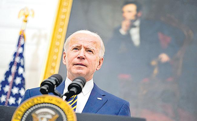 Loe Biden first foreign leader call will be to Justin Trudeau - Sakshi