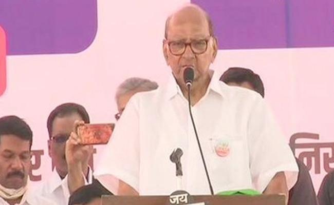 Governor Has Time To Meet Kangana  But Not Farmers: Sharad Pawar - Sakshi
