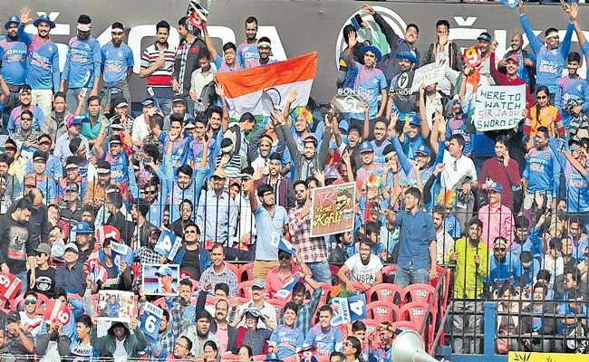 BCCI is considering UAE as the top contender to host IPL 13 - Sakshi