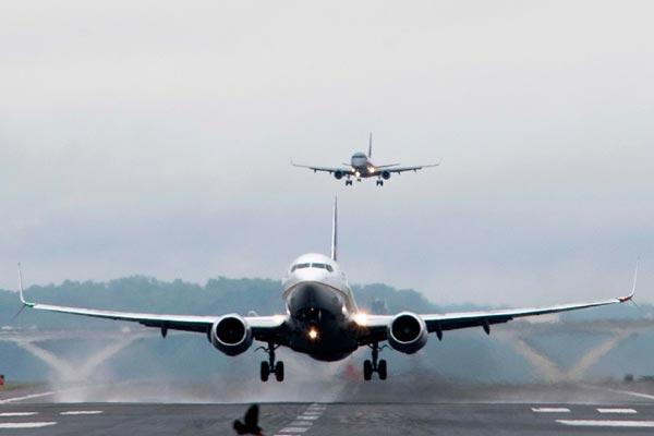 Russia withdraw Travel Ban With 4 Countries - Sakshi