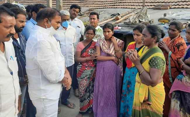 No Clue Has Found In Child Kidnap Case In East Godavari - Sakshi