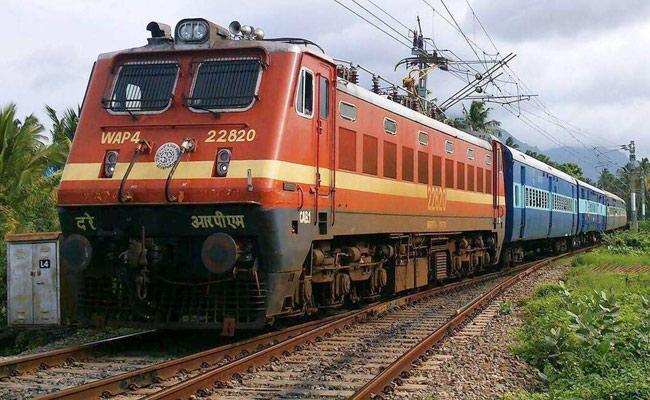 South Central Railway Takes Decision To Close 31 Railway Stations - Sakshi