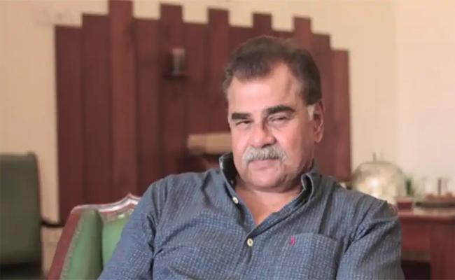 Sharat Saxena Felt He Was Ignored For 30 years As Actor - Sakshi