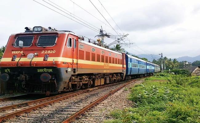 31 Railway Stations Closed In South Central Railway - Sakshi