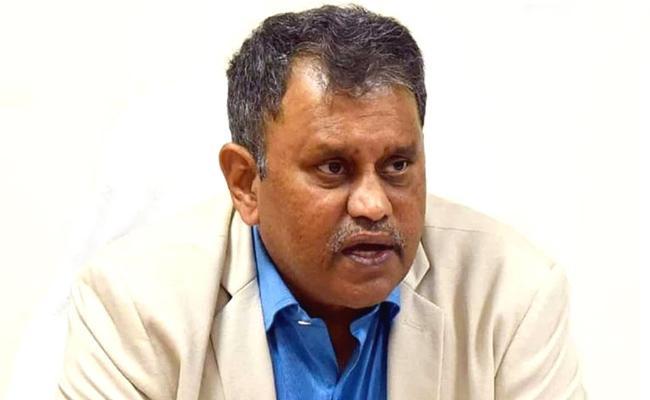 AP Ministers Issue Privilege Notice To SEC Nimmagadda Ramesh Kumar - Sakshi