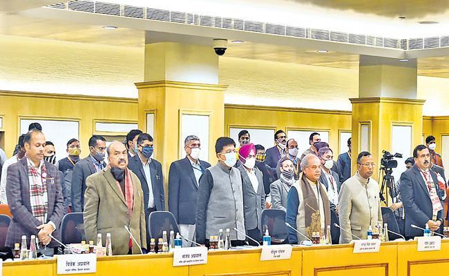 7th round of govt-farmers talks fail - Sakshi
