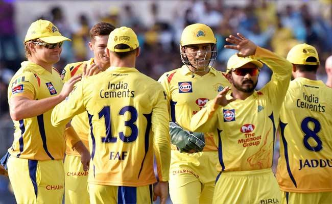 CSK Wants To Release Kedar Jadhav And Other Players In IPL 2021 Auction - Sakshi