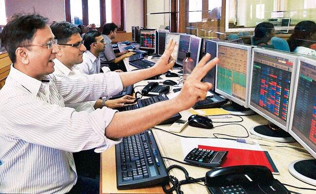 Market bounce back -All sectors in NSE in green - Sakshi