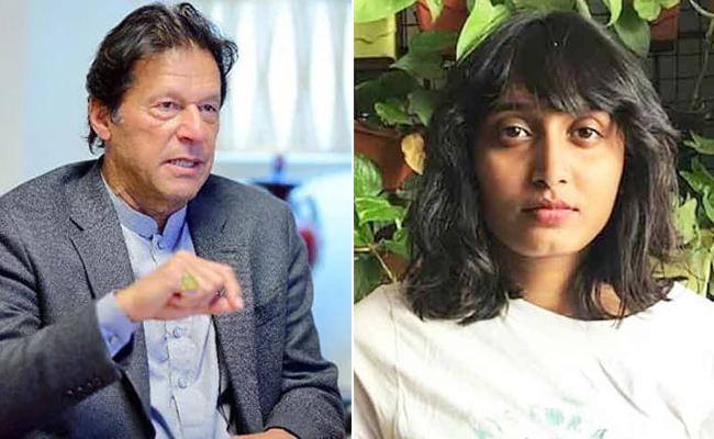 Pakistan PM Imran Khan Extend Support To DIsha Ravi - Sakshi