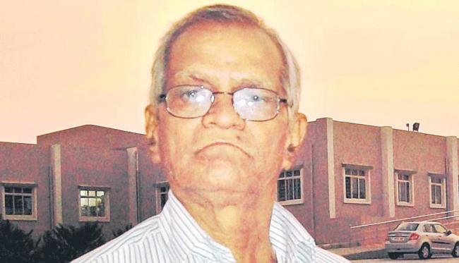 Famous Children Literature Vasala Narsaiah Passed Away - Sakshi