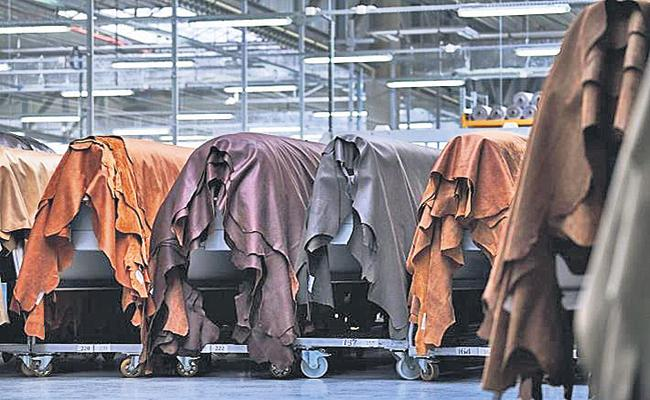 Proposals to invest Rs 1347 crore in Leather Park - Sakshi