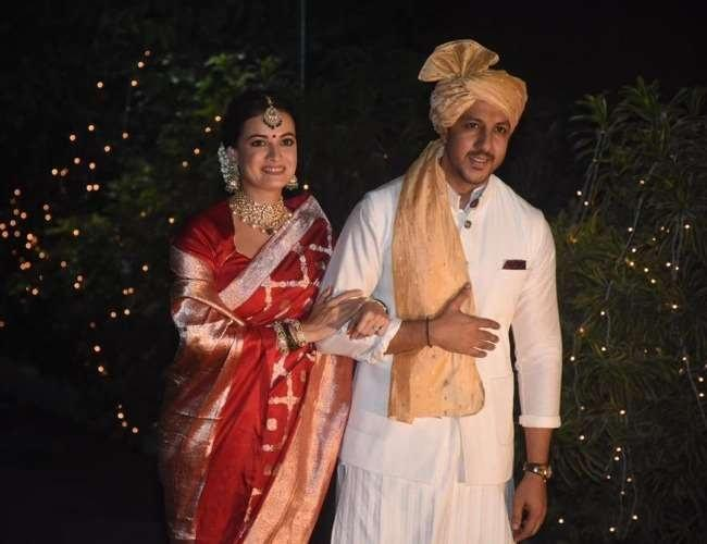 Dia Mirza Shout Out To Woman Priest Sheela Atta Conducted Her Wedding - Sakshi