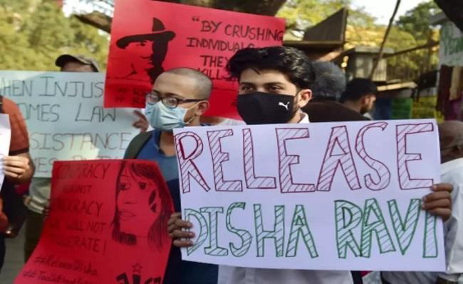 Disha Ravi Arrest FingerOnYourLips Hashtag Trending - Sakshi