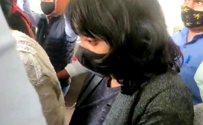 Disha Ravi Toolkit Case Delhi HC Directs Police to Ensure No Media Leaks - Sakshi