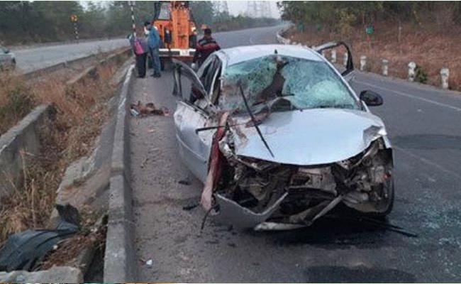 Gold Merchants Deceased In Road Accident At Ramagundam - Sakshi