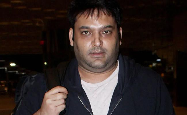 Kapil Sharma Says Reason Why He Was In Wheelchair In Airport - Sakshi