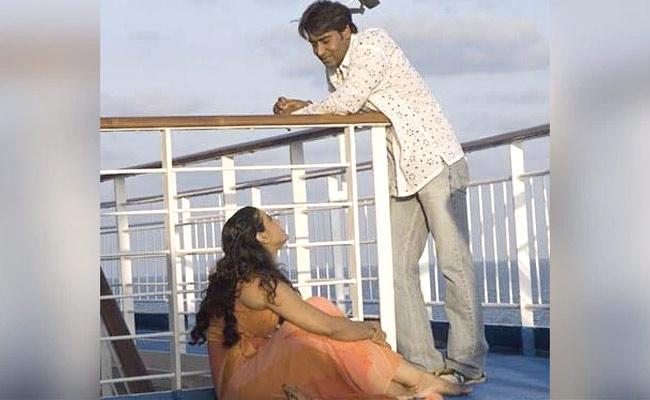 Kajol And Ajay Devgn Marriage Anniversary Special Post - Sakshi
