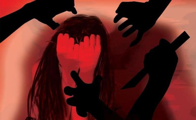 17 Year Old Girl Dies Two Days After Being Gang Raped in UPs Hamirpur - Sakshi