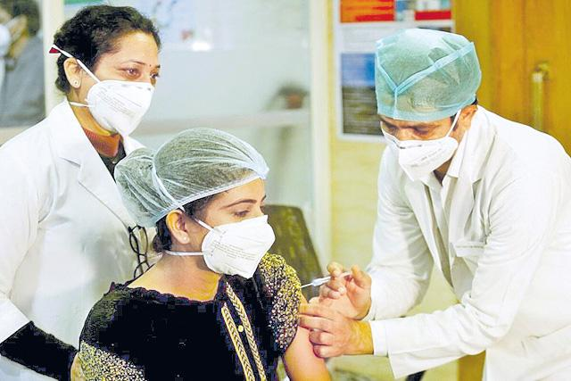 COVID-19 Vaccine to Cost Rs 250 per Dose in Private Hospitals - Sakshi