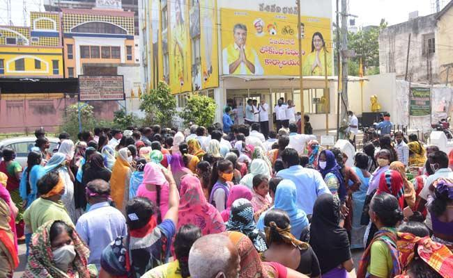 TDP Leader Kotteti Hanumantrao Was Warned By MP Kesineni Nani - Sakshi
