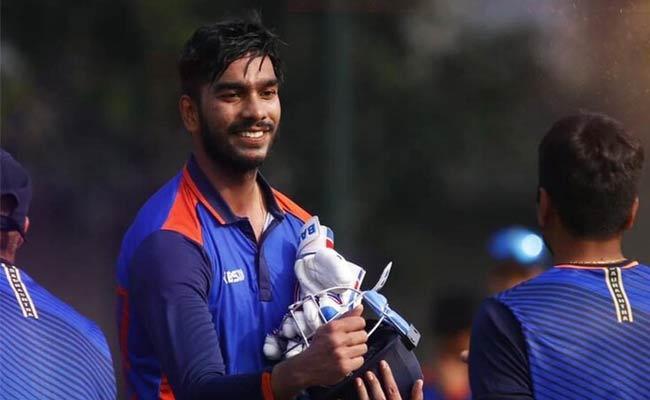 Venkatesh Iyer Misses Double Century By 2 Runs But KKR Is Full Happy - Sakshi