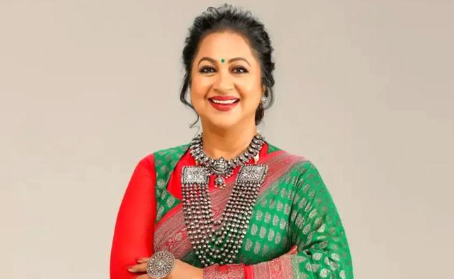 Radhika Sarathkumar Will Enter In Tamil Politics Over Assembly Elections - Sakshi