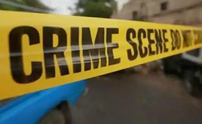 Throat Slit Teeth Smashed Brutal Murder of 8 Year Old in Kolkata - Sakshi