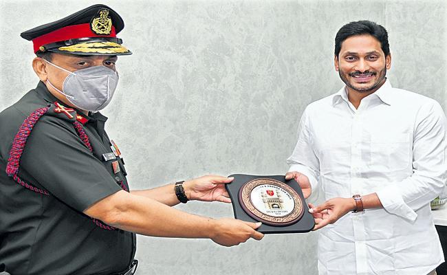 Major General RK Singh who met CM YS Jagan - Sakshi