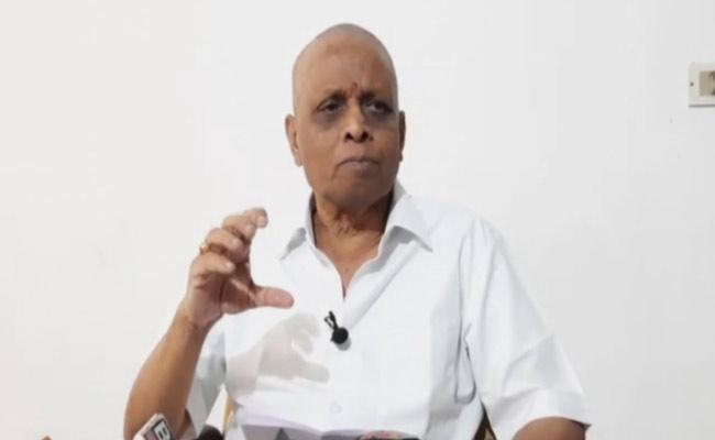 Dhadi VeeraBhadra Rao Slams Election Commissioner Nimmagadda Ramesh Kumar Over Volunteer Mobile Phones Issue - Sakshi