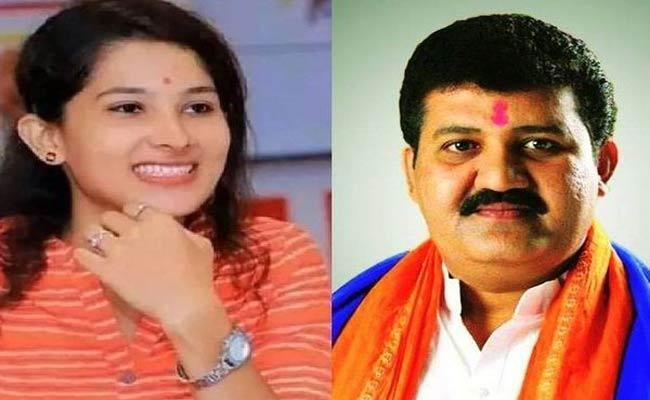 Pooja Chavan Suicide Case: Minister Sanjay Rathod Resigns - Sakshi