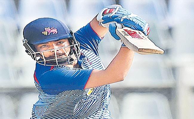 Prithvi Shaw Blitzkrieg Helps Mumbai Reach Semi Finals In Vijay Hazare Tournament - Sakshi