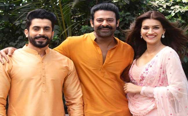 Adipurush Update: Kriti Sanon Played Sita Role Along With Prabhas - Sakshi