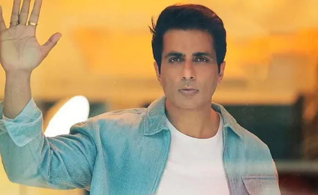 Sonu Sood Trolled on Twitter With Hash Tag of Who The Hell Are You Sonu Sood - Sakshi