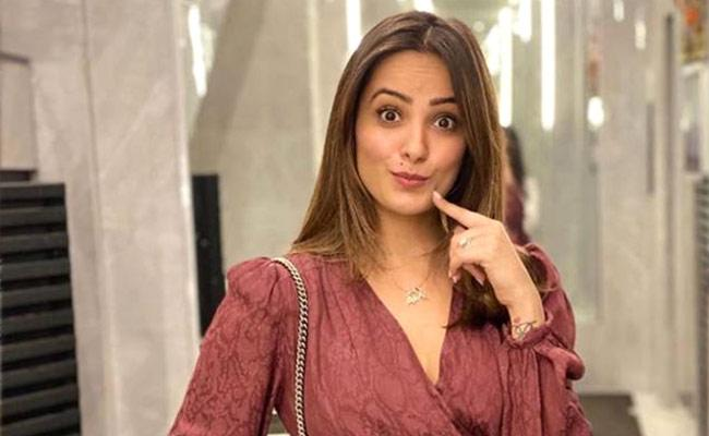 Anita Hassanandani Funny Comment On Bigg Boss Entry - Sakshi