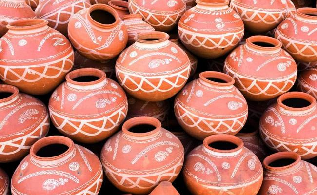Summer Effect Increased Use of Pottery in The City - Sakshi