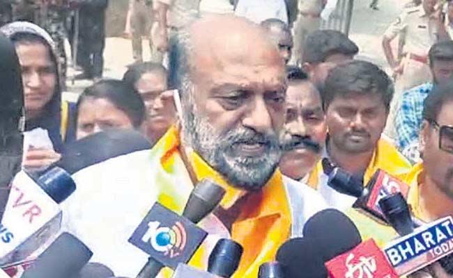 JC Prabhakar Reddy Praises CM YS Jagan - Sakshi