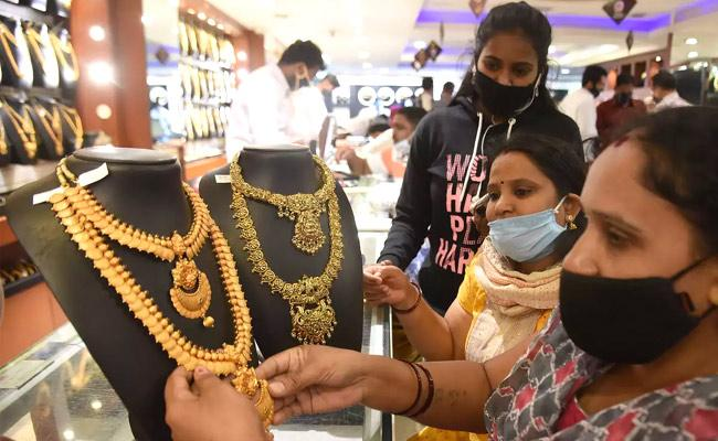 Today March 2 Gold and Silver Prices in Hyderabad - Sakshi