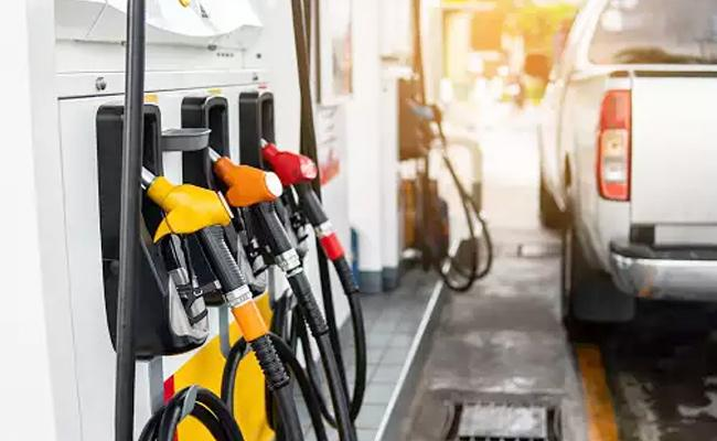 Freight Rates Up By 25 Percent Due To Hike in Diesel Prices - Sakshi