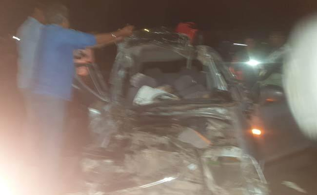 Road Accident In Anantapur District - Sakshi